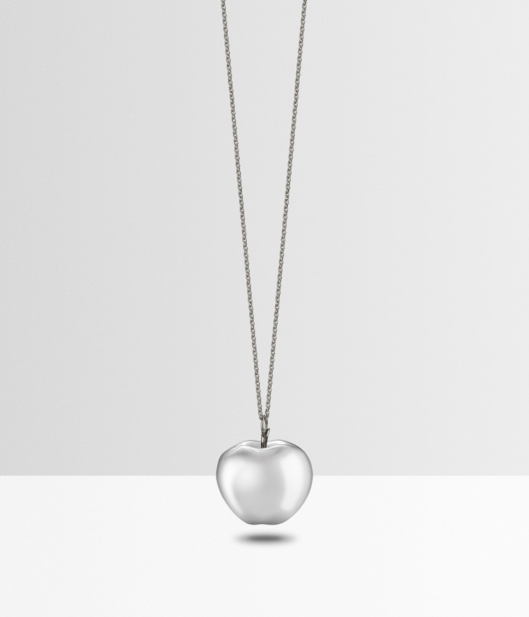 Silver pendant apple