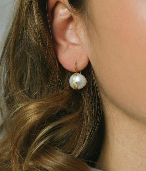 Abrázame High hook earrings